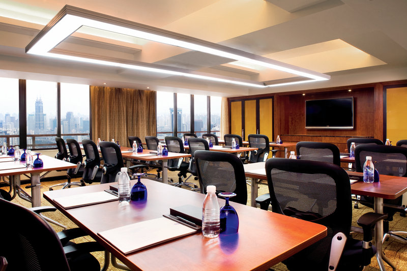 The Ritz Carlton Portman Shanghai Meeting room