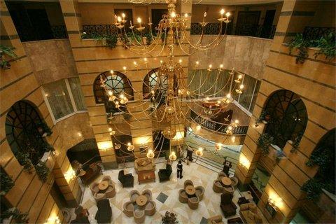 Imperial Palace Hotel - lobby