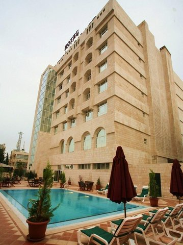 Imperial Palace Hotel - exterior