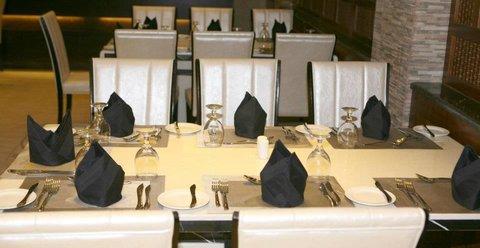 Seven Wonders Hotel - restaurant