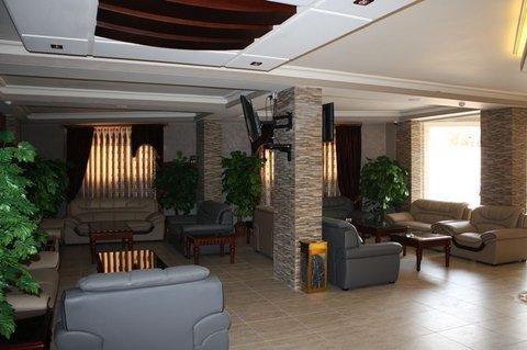 Seven Wonders Hotel - lobby