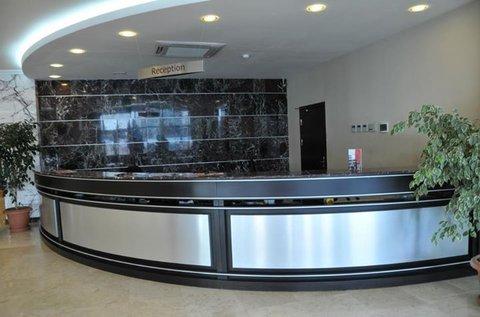 Atrium Hotel - reception