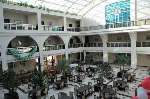 Atrium Hotel - interior