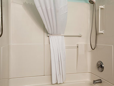Days Inn Alamosa - ADA Bathroom