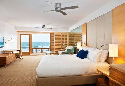 Pier South Resort, Autograph Collection - King Studio Oceanfront Suite