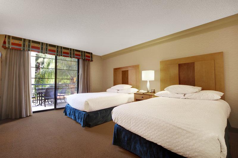 Embassy Suites Phoenix - Biltmore Billede af værelser