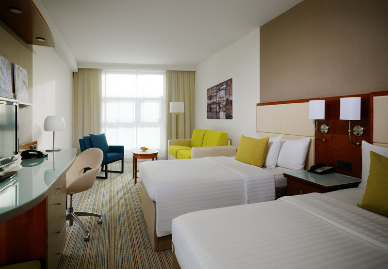 Courtyard by Marriott Berlin City Center Odanın görünümü