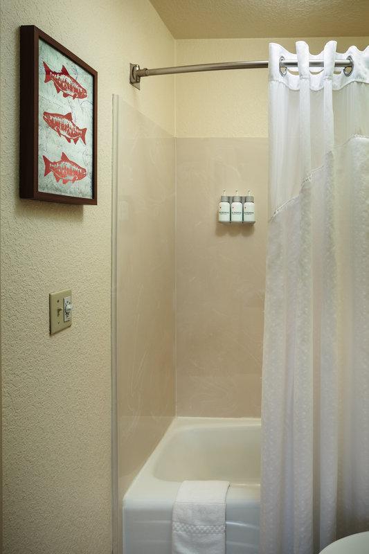 Holiday Inn Express FORTUNA (FERNDALE AREA) - Fortuna, CA