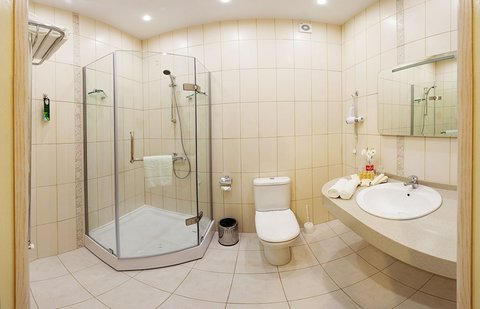 Raigond Hotel - Bathroom