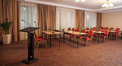 Raigond Hotel - Conference Hall