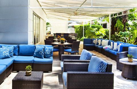 Sunset Key Guest Cottages, A Westin Resort - Castaways Pool Bar