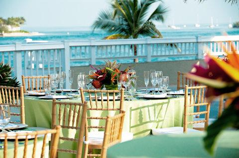 Sunset Key Guest Cottages, A Westin Resort - Wedding Receptions On Sunset Deck
