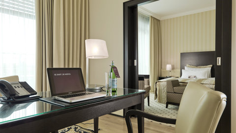 Parkhotel Euskirchen - Suite at AMERON Parkhotel Euskirchen
