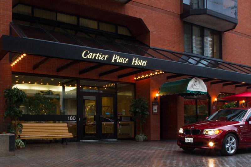 Cartier Place Suite Hotel Außenansicht