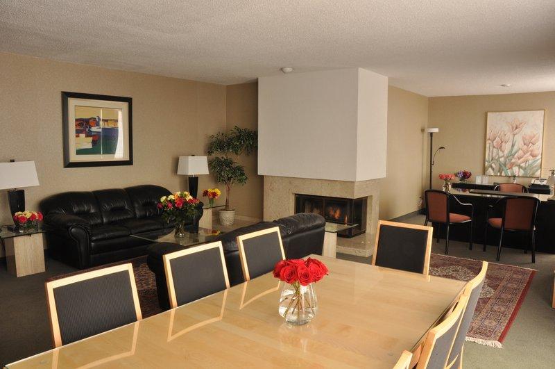 Cartier Place Suite Hotel Zimmeransicht