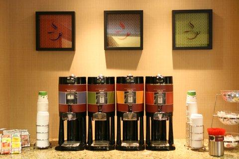 Hampton Inn Altoona - 24 Hour Coffee Service