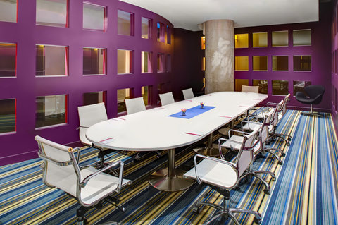Aloft Dallas Downtown Hotel - Ex Change Boardroom