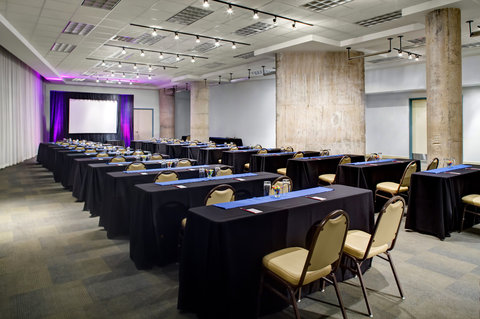 Aloft Dallas Downtown Hotel - The Pads Meeting