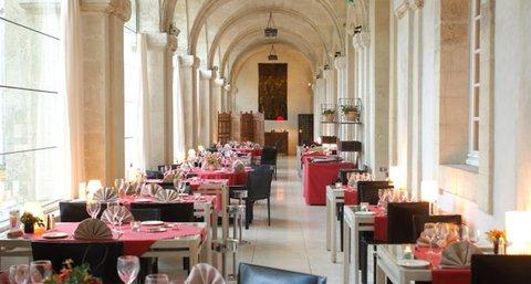 Cloitre Saint Louis - Restaurant