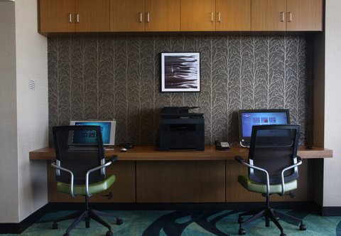 SpringHill Suites Green Bay - Business Center