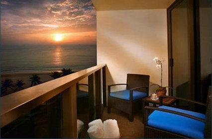 The Omphoy Ocean Resort - Palm Beach, FL