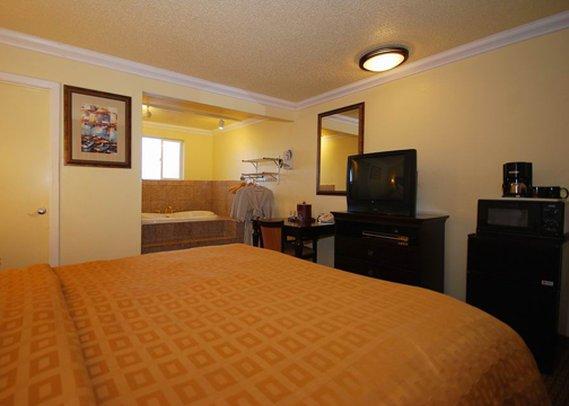 Clarion Hotel Monterey Zimmeransicht