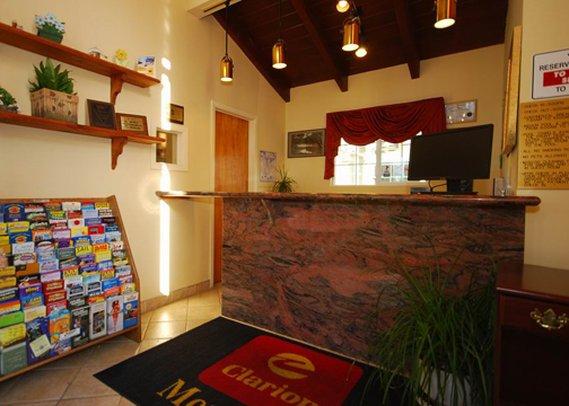 Clarion Hotel Monterey Lobby