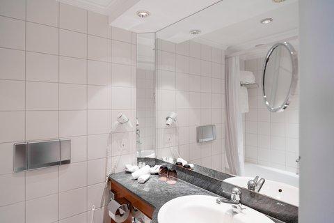 巴塞爾酒店 - Bathroom