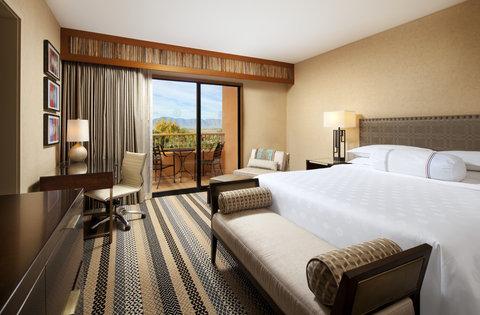 Sheraton Wild Horse Pass Resort & Spa - Executive Suite Bedroom