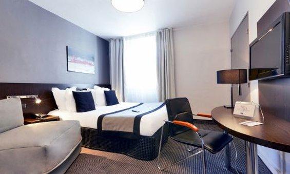 Hotel Kyriad Marseille Centre - Paradis Fasad