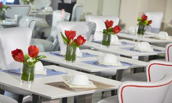 Hotel Kyriad Marseille Centre - Paradis Restaurang