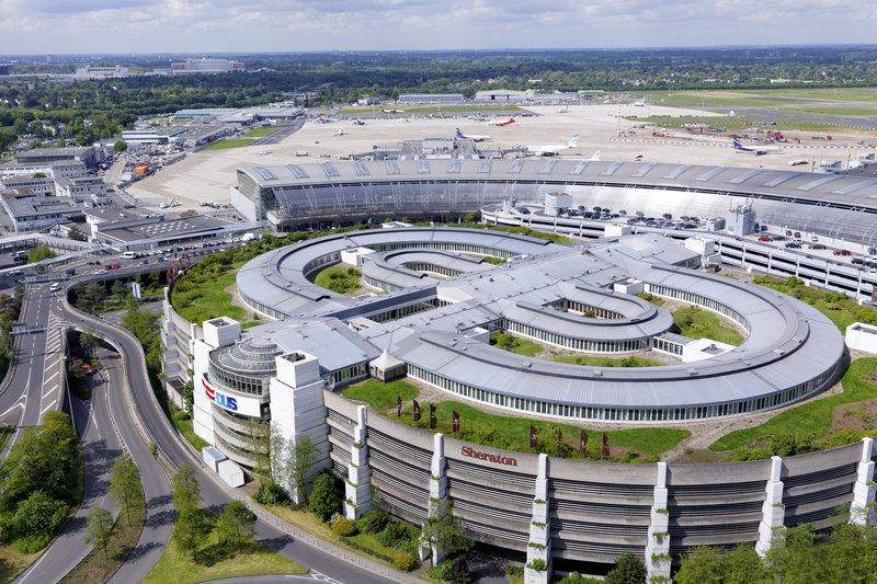 Sheraton Düsseldorf Airport Hotel Kilátás a szabadba