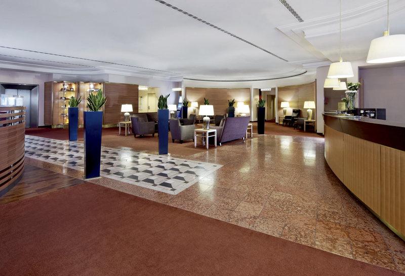 Sheraton Düsseldorf Airport Hotel Előcsarnok