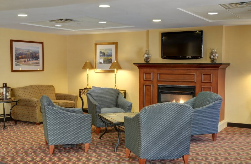 Holiday Inn Express ANDOVER NORTH-LAWRENCE - Lawrence, MA