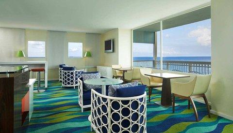 Curacao Hilton Hotel - Executive Lounge