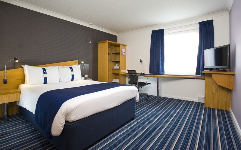 Holiday Inn Express Bristol-North View of room