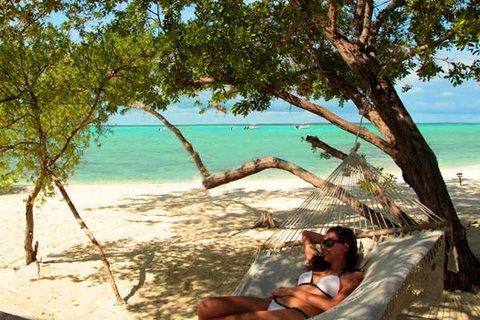 Tiamo Resort - Beachhammock