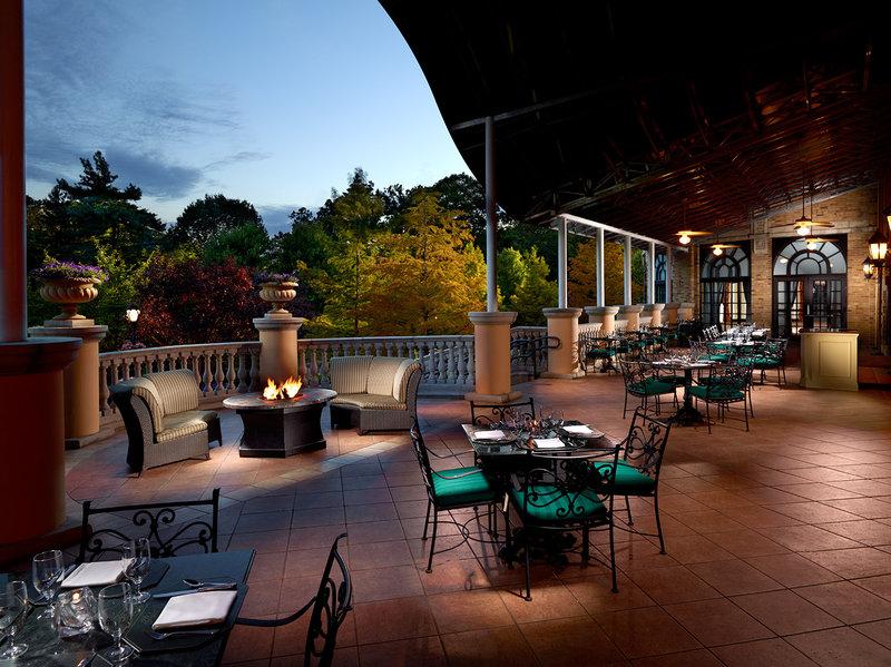 Omni Shoreham Hotel Gastronomi
