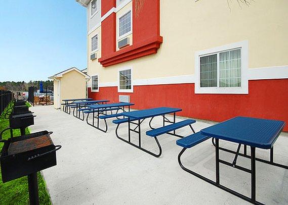 Suburban Extended Stay LaPlace - LaPlace, LA