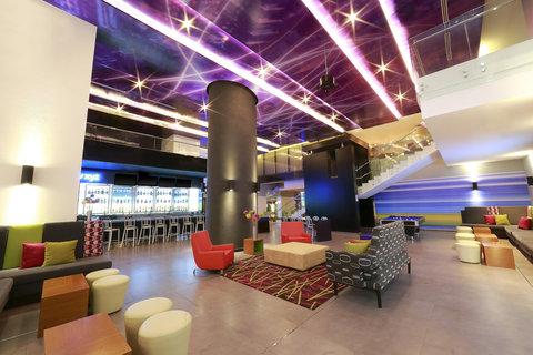 Aloft Panama - Re mix SM  lounge