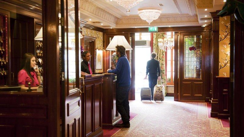 Estherea Hotel Lobby