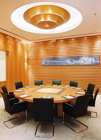 Radisson Blu Hotel, Berlin - Meetings   Events Ground Floor Boardroom Opal