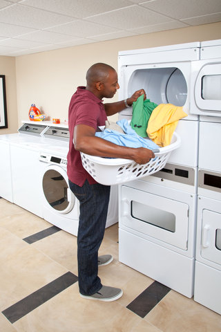 Candlewood Suites ALBUQUERQUE - Laundry Facility