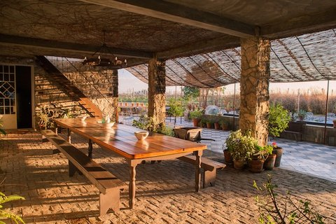 Narbona Wine Lodge - Patio Colonial - Colonial Areaway