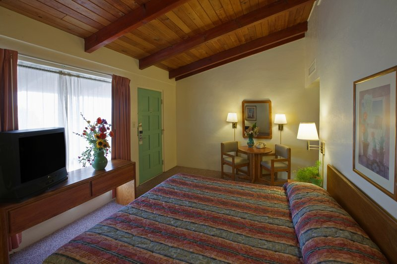 Americas Best Value Inn - Santa Fe, NM