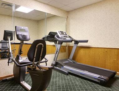 Days Inn Fayetteville - Fitness Center