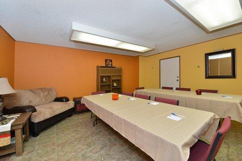 Americas Best Value Inn Kalispell - Meeting Room