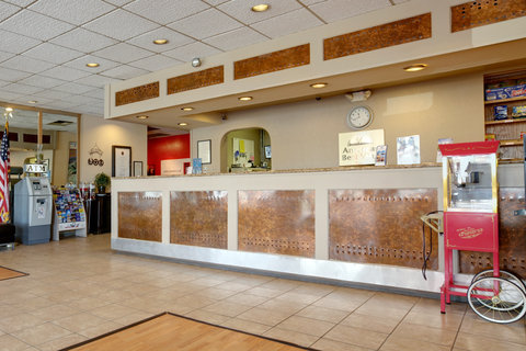Americas Best Value Inn - Front Desk