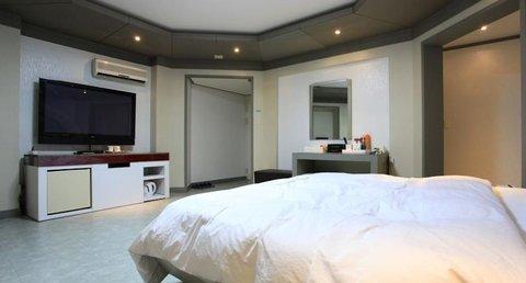 아테네 호텔 - DELUXE TWIN