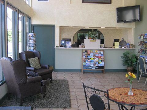 Americas Best Value Inn Grand Junction - Lobby